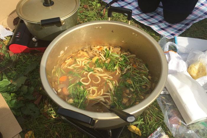 2班メンバーの目に映った鍋中の光景。こんなにも違う! ©️石倉敏明