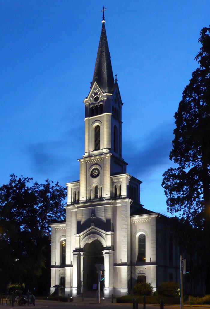 Lutherkirche Konstanz bei Nacht