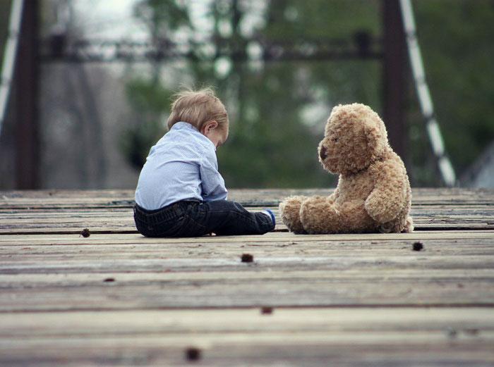 Kinder von narzisstischen Eltern