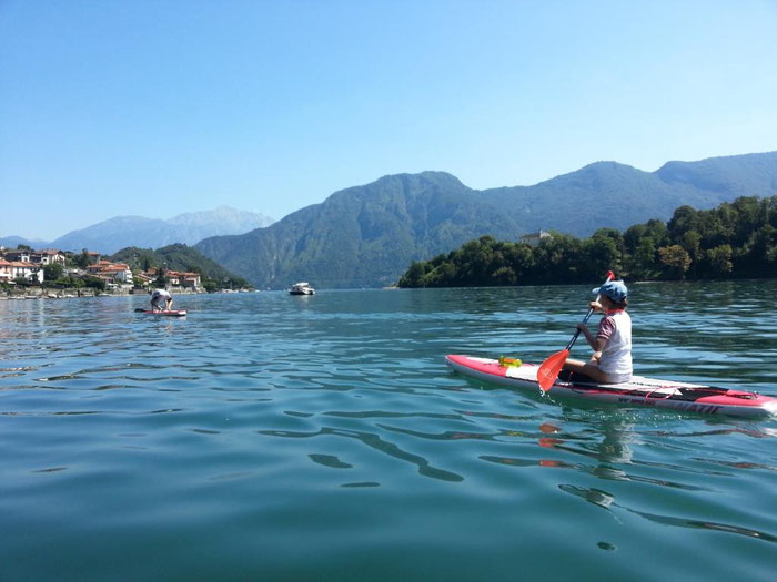 SUP Tour mit Kindern am Comer See