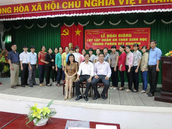 Tập huấn An toàn sinh học tại tỉnh Hậu Giang. 6-2015