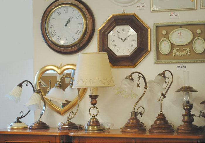 テーブルランプ LEDランプ LED照明 時計 イタリア製 カパーニ 古木 ランプ 掛け時計 照明器具 クラシック エレガント アンティーク家具 CAPANNI