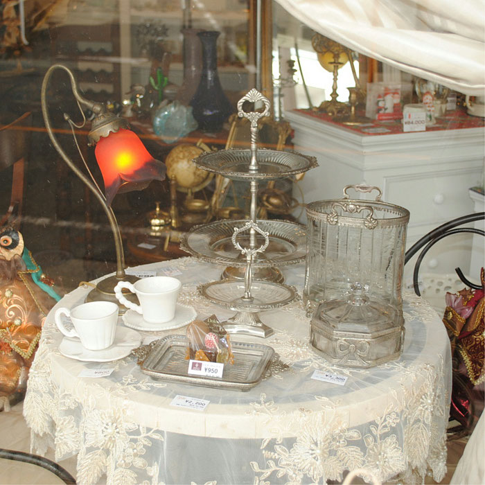 ケーキスタンド アフタヌーンティー ガラスプレート オシャレ 2段プレート 真鍮 ディスプレイプレート シャビーシック クラシック ケーキスタンドプレート 銀 シルバー