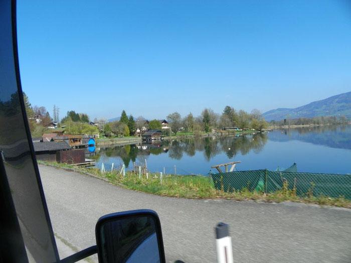 4 Km vor dem Ort Mondsee gehts rechts ab zum Austria Camping Mondsee