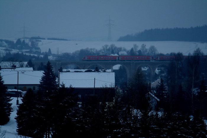 610 006 und 610 009 als RE auf dem Colmnitzer Viadukt