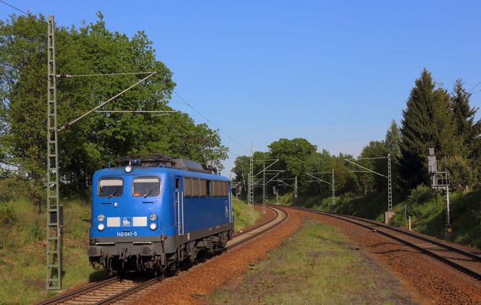 140 041 auf dem Weg von Bad Schandau nach Glauchau in Niederbobritzsch