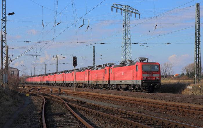 143 Lokzug nach Buna und später Karsdorf in Weißig