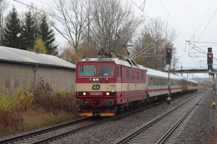 371 003 mit EN 459 in Klingenberg Colmnitz