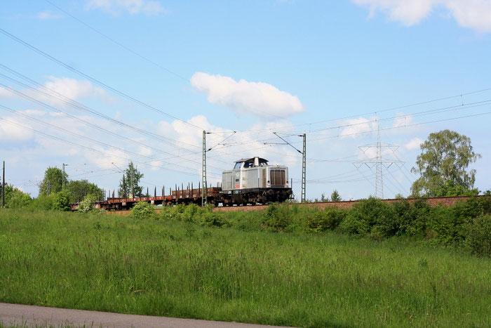 111 001 mit Arbeiszug von Meißen nach Dresden via Freiberg bei Colmnitz