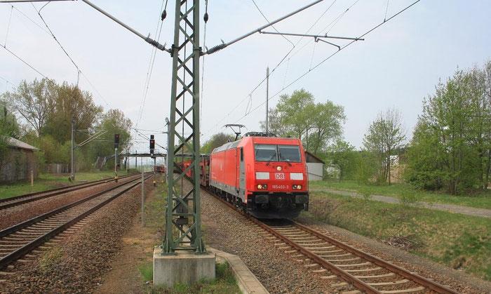 185 403 mit leerem Autogüterzug in Klingenberg-Colmnitz (Bild mit Erlaubnis des Erstellers eingestellt)