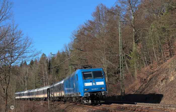 145 030 mit RE 3 nach Dorfhain bei Dorfhain