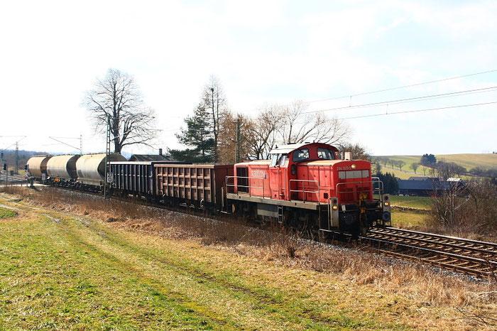 294 825 mit 55065 am BÜ Colmnitz