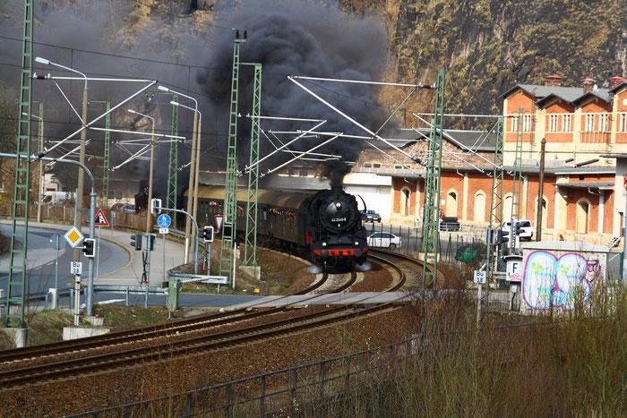 44 2546 und Schublok 65 1049 mit DPE 75258 am Felsenkeller hinter Dresden Plauen