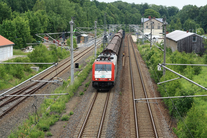 """ITL 185 649 mit dem """"Papierzug"""" in Klingenberg"""