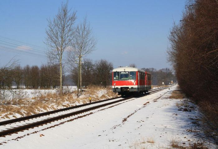 2 Ferkeltaxen des Lausitzer Dampflokclub vor Kodersdorf