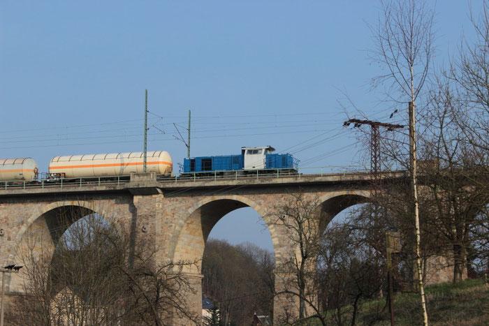271 015 als Schiebetfz auf dem Colmnitzer Viadukt