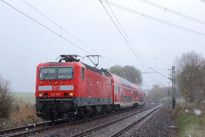 143 967 mit RB 30 im Schneefall bei Colmnitz