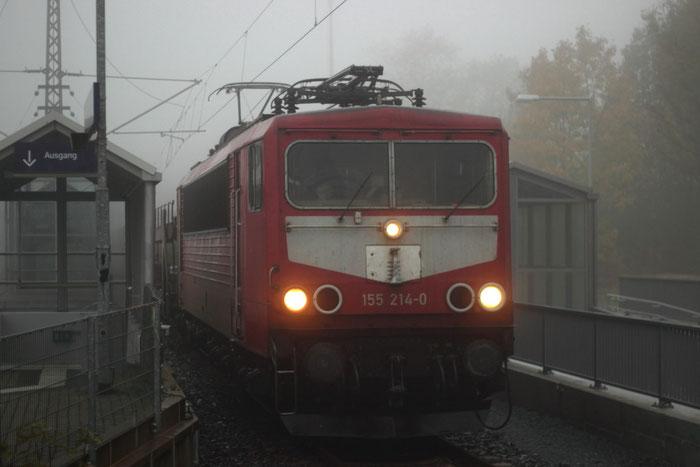 155 214 mit Leerautozug in DKC