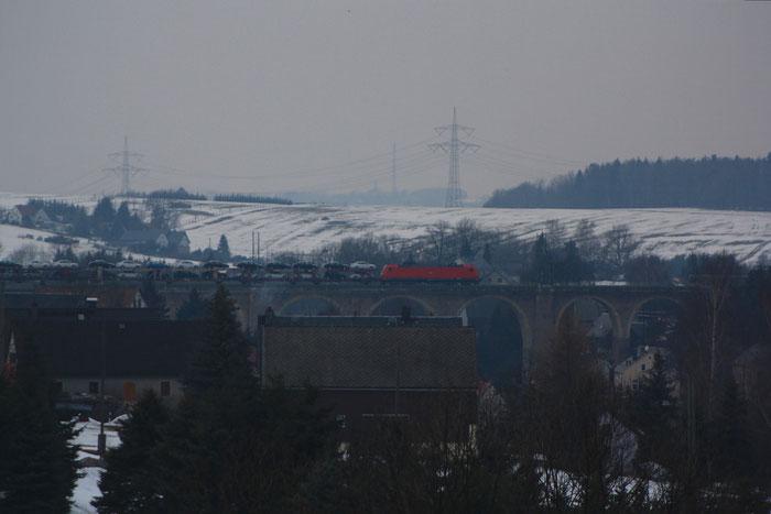 185 194 mit umgeleiteten GA 47431 auf dem Colmnitzer Viadukt