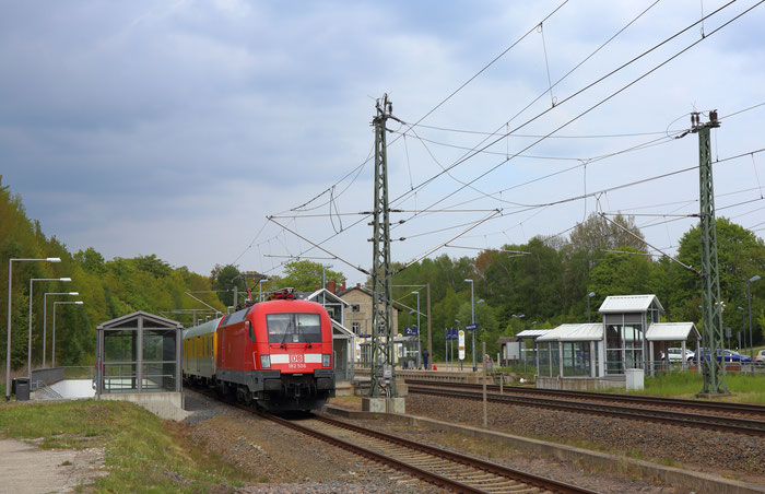 182 506 mit Messzug in Klingenberg