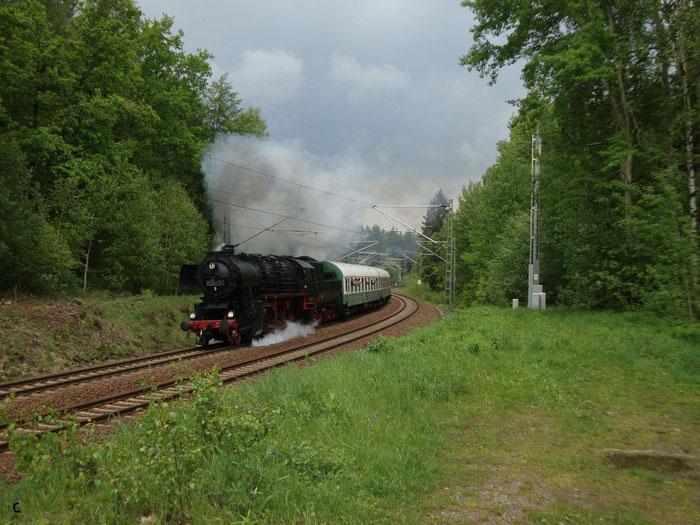 52 8047 mit Sdz vor Klingenberg-Colmnitz (Bild mit Erlaubnis des Erstellers eingestellt)