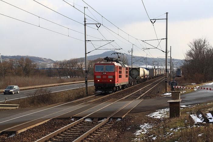 180 008 mit Sattelaufliegern bei Prakovice