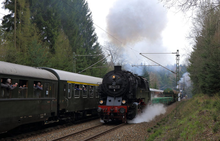 95 1027-2 mit einem Güterzug von Dresden Altstadt nach Klingenberg-Colmnitz