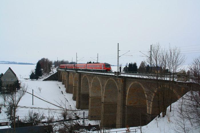 610 002 und 610 020 als IRE von Nürnberg nach Dresden auf dem Colmnitzer Viadukt