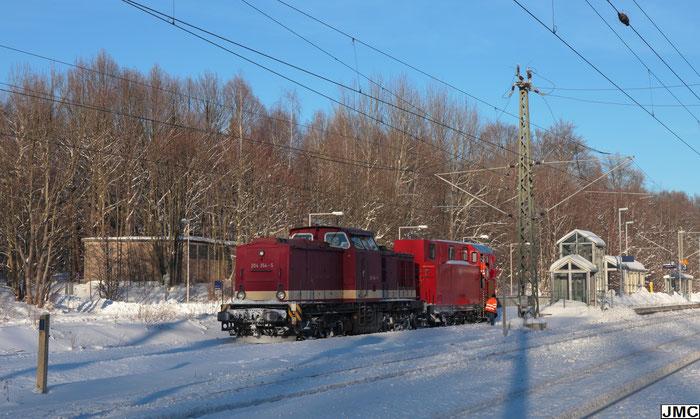 204 354 mit einem Schneepflug in Klingenberg