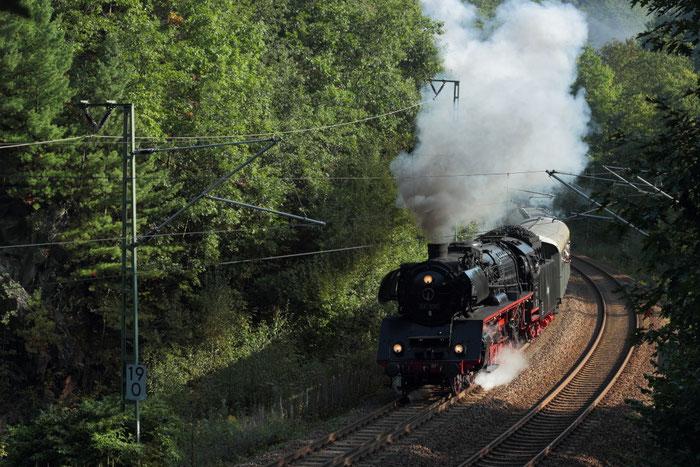03 1010 mit einem Sdz von Berlin nach Chemnitz Hilbersdorf bei Dorfhain