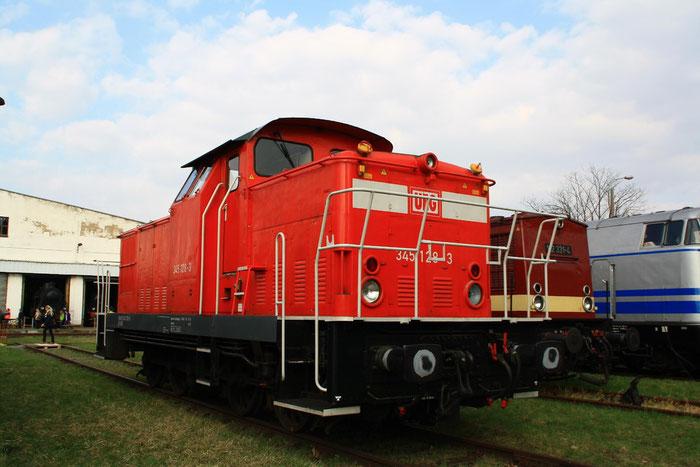 345 128 der Usedomer Eisenbahngesellschaft in Dresden Altstadt