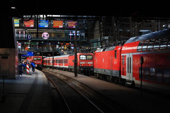 DR-Loktreffen im Hamburger Hauptbahnhof