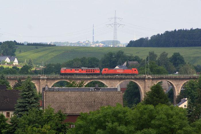 185 248 und 241 697 Lz auf dem Colmnitzer Viadukt