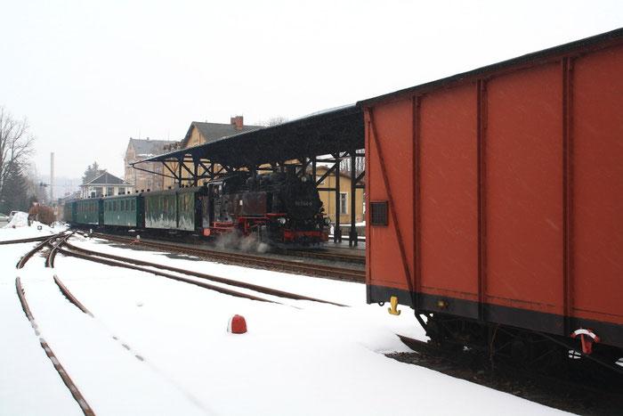 99 1746 mit Sonderzug bei der Einfahrt in den Dippser Bahnhof
