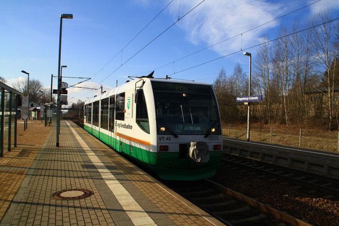 VT 45 der Vogtlandbahn bei Überführung nach Zittau in DKC