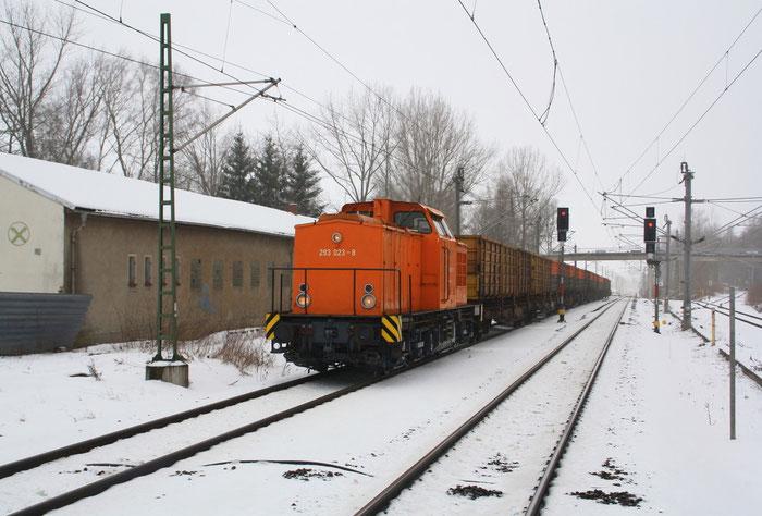 "293 023-8 mit ""Leerkoks"" in Klingenberg-Colmnitz"