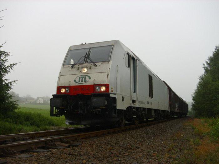 285 104 mit kurzem Gz bei ... Wetter am Abzweig Berthelsdorf