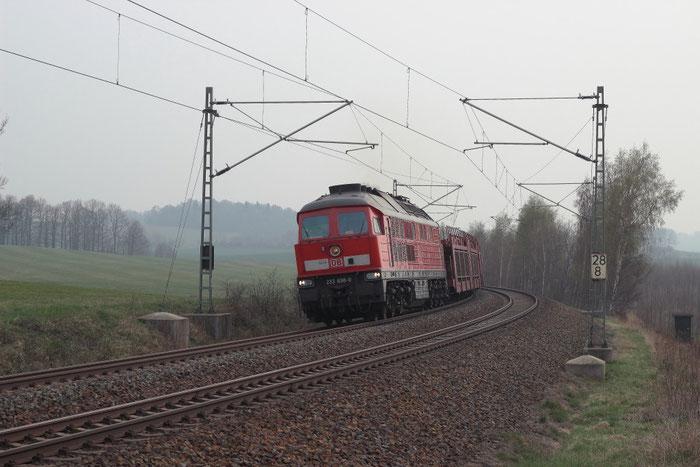 233 698 mit Autoleerzug bei Niederbobritzsch