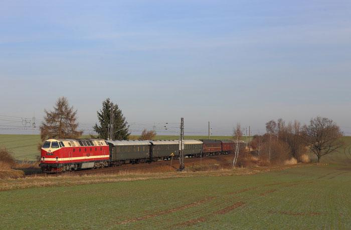 219 158 mit Sonderzug von Berlin nach Cranzahl in Ottendorf