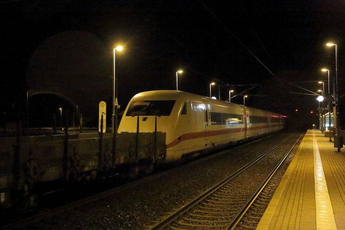 Premiere in Klingenberg und auf der DW: Am 17.11.2015 wurde ein ICE 2 (Meiningen) von Nürnberg ins tschechische Velim über die DW Linie überführt