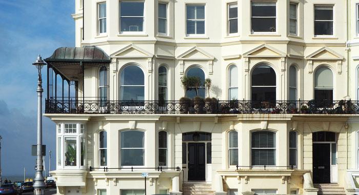 Fassadenstuck von GERZEN wand-design