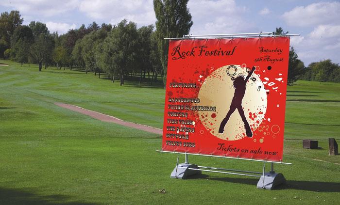 Bannerständer für Sportveranstaltung und Outdoor-Events