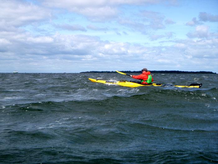 Paddeln bei Wind und Welle: kein Problem mit der richtigen Technik!