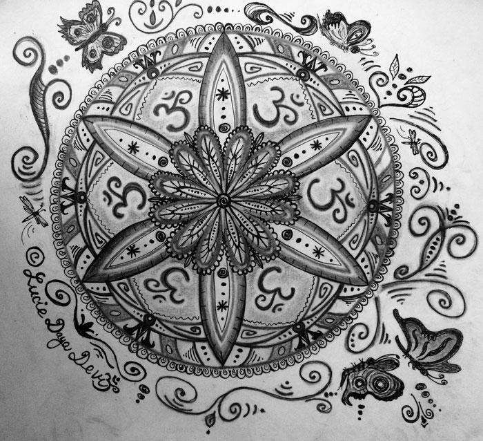 Lucie Daya Devi - Mandala Black&white