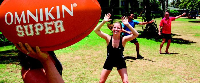 Ballon de rugby et football Américain de Kin-ball Omnikin. Ballon de rugby de kin ball à acheter pas cher.
