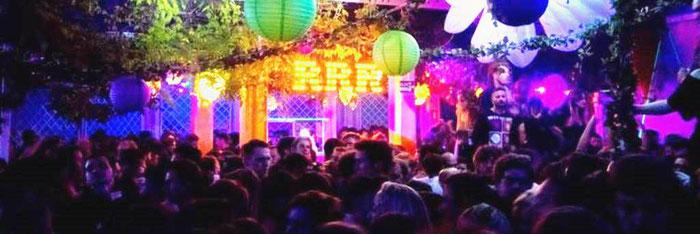 Живая музыка в барах и ресторанах Барселоны