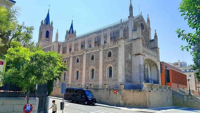 ТОП 5 секретов церквей Мадрида