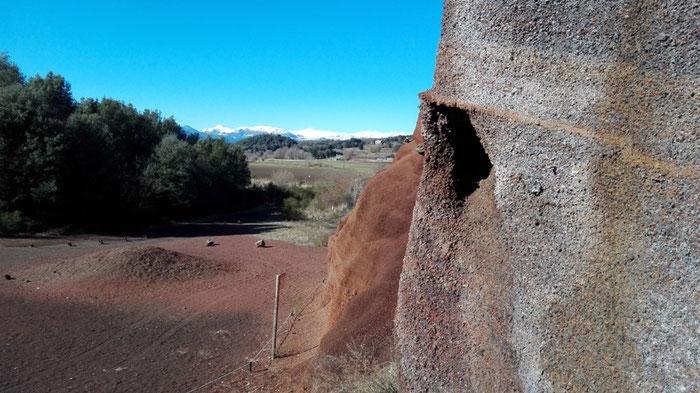 Вулкан Кроскат Испания. Вулканическая зона Ла Гарроча.