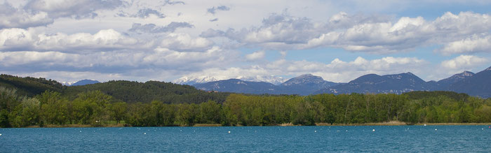 Баньолес - горное озеро, Испания