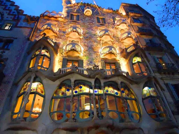 Всё о главном проспекте Барселоны